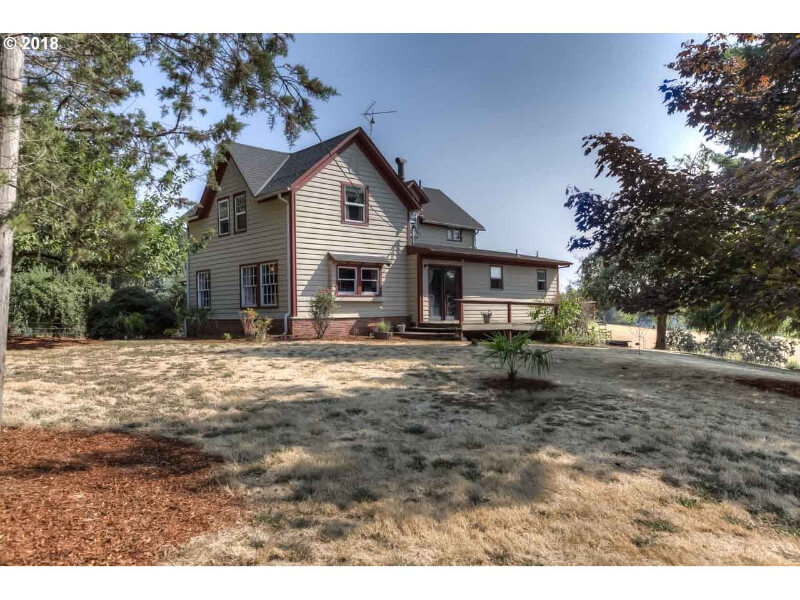 Beautiful usable acreage in Western Oregon, Charming Farmhouse (under contract)